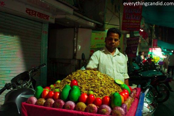 Sarafa Bazaar, Indore, Joshi, Sabudana, Bhutte Ka Kiss, Indore, India, Street Food, Food Street, Night life
