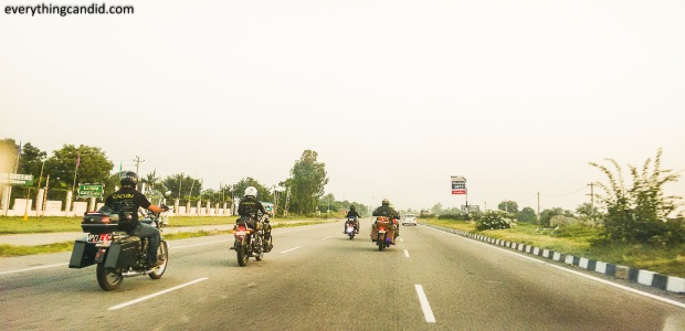 Riders as seen on G T Road. We were sure to meet more such riders during our road trip!