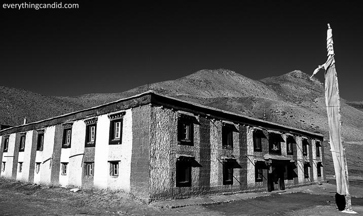 KKaumik Monestary. Kaumik is teh Highest village of Asia and kUmik in tibetan means