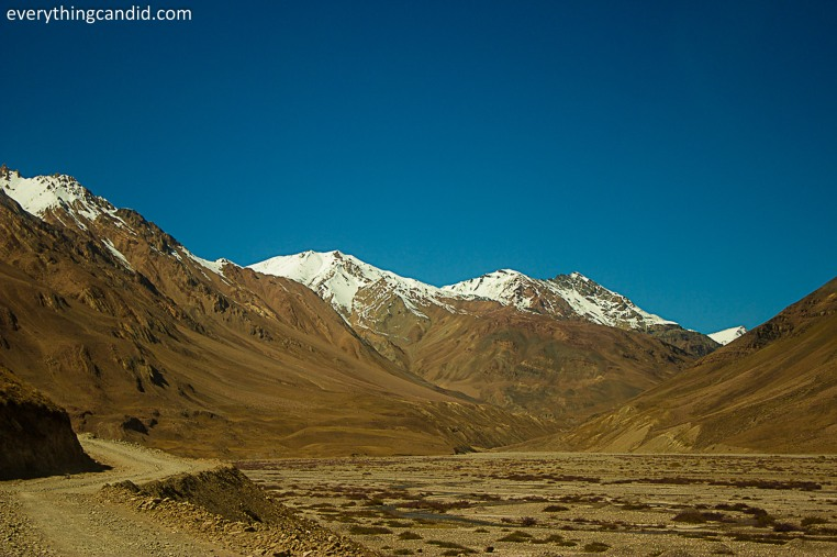 Kunzum Top. Spiti, Lahaul, Rpad Trip, Himalaya, Spiti RIver, Landscape, Hatchback, Ford Figo, Blog, Travelogue