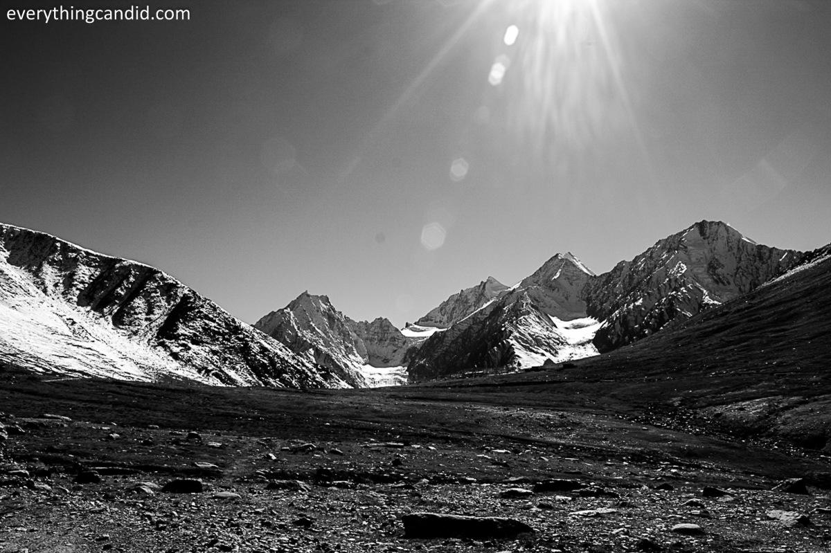 Chandfratal, Lahaul, Kunzum Top. Spiti, Lahaul, Rpad Trip, Himalaya, Spiti RIver, Landscape, Hatchback, Ford Figo, Blog, Travelogue