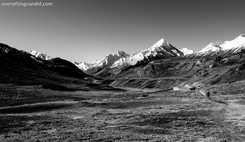 View of Lahual Valley from Chandrataal!