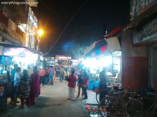 The Sadar Bazar in Agra: My Fav Place to savour street food in Agra. Agra Chat.