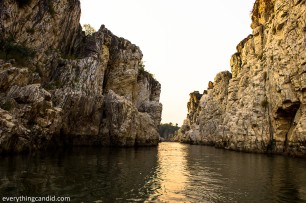 White marble rocks on Narmada RIver in Bhedaghat near Jabalpur in Madhya Pradesh. Boating and sailing in Narmada in Bhedaghat. Incredible India.