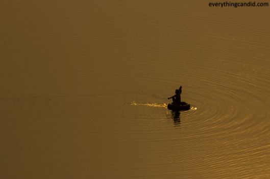 Fisherman near Jabalpur on our way to Jhansi.