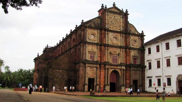 Old Goa - BEsilica of Bom Jesus - Wikimedia Common