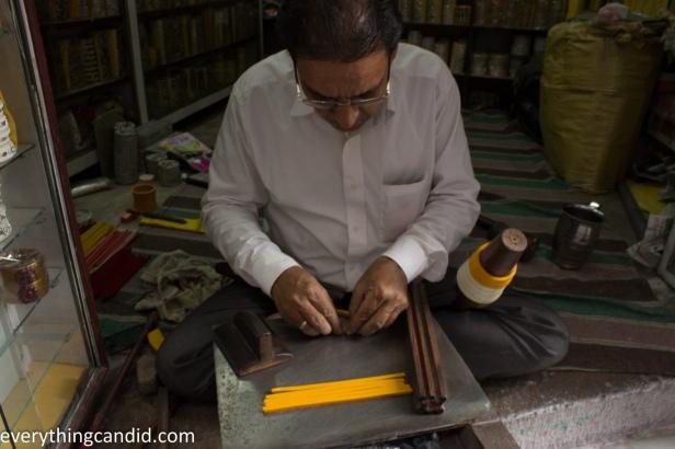Lacquer bangle Maker - Jodhpur-8