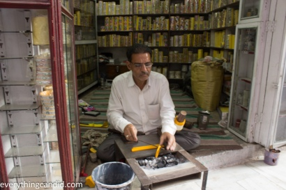 Lacquer bangle Maker - Jodhpur-9